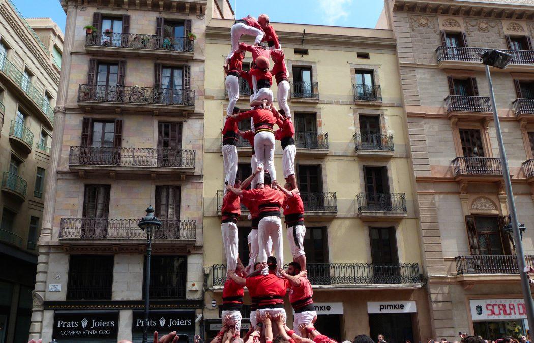 Les Castells, la Catalogne au plus près des sommets