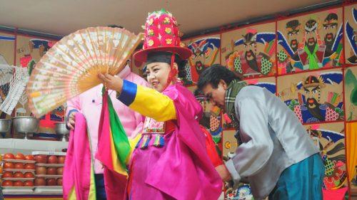 En Corée du Sud, des chamanes et des dieux