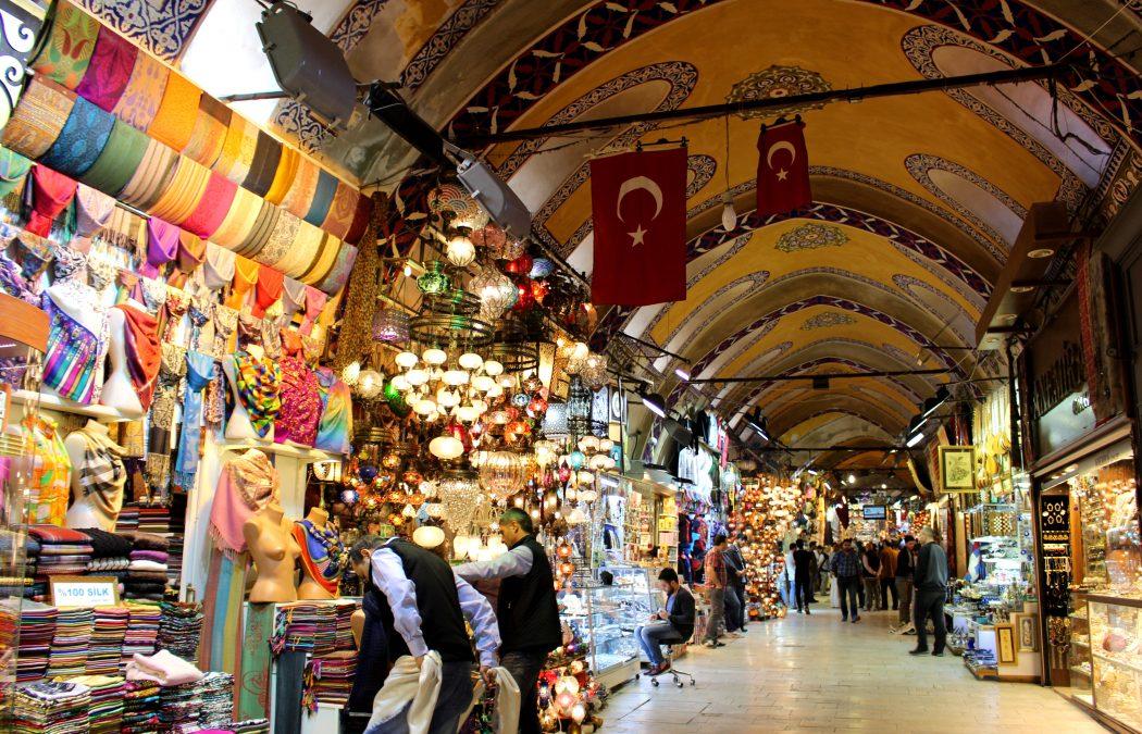 Dans l'effervescence du Grand Bazar d'Istanbul