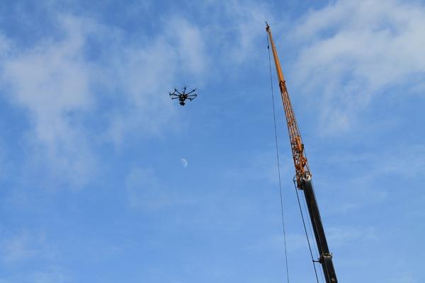 Drones : Vol au-dessus d'un nid de paperasse