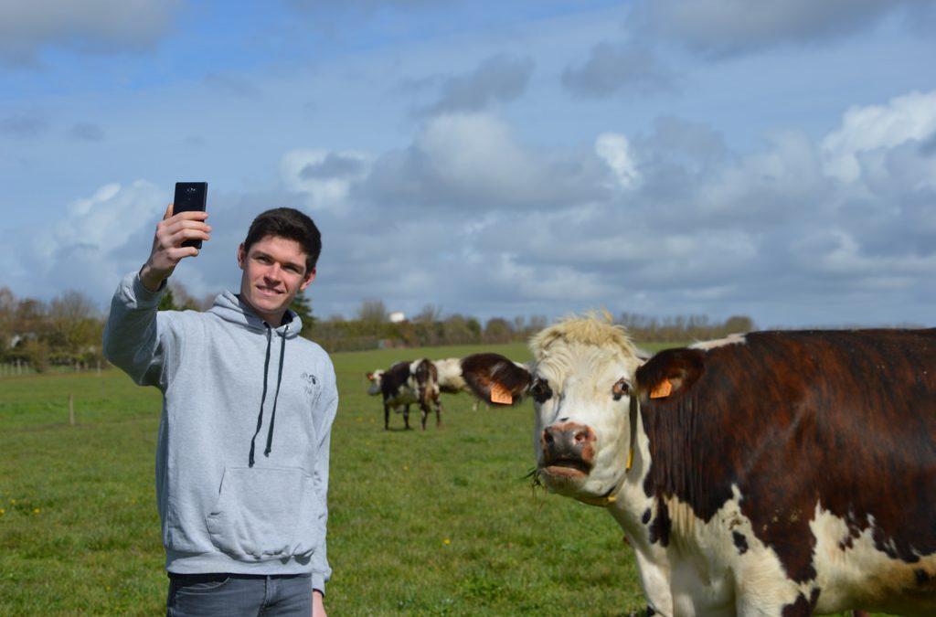 Les agriculteurs à la conquête de Youtube